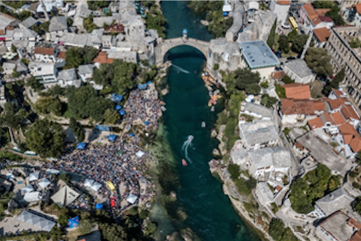 Gary Hunt (GBR) and Adriana Jimenez (MEX) claim victories on historic bridge in Mostar