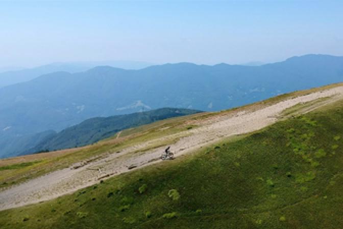 freestyleextreme-net-MTB-mountain-bike-Andrea-Tiberi-Appennines-discover